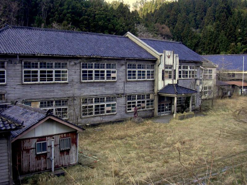 0322_廃校.JPG